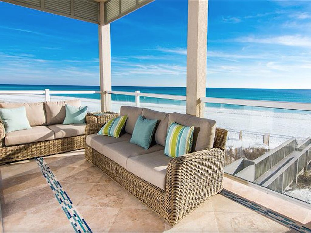 THE MAGNIFICAT OCEAN FRONT LUXURY HOME