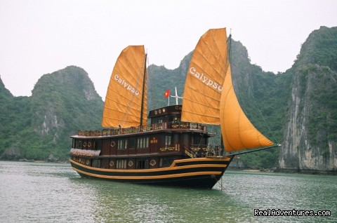 Luxury Calypso Cruiser of Halong bay 115usd person