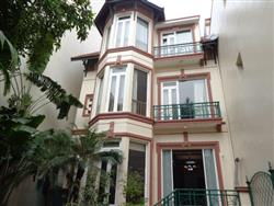 Bright four Bedrooms house to rent in To Ngoc Van