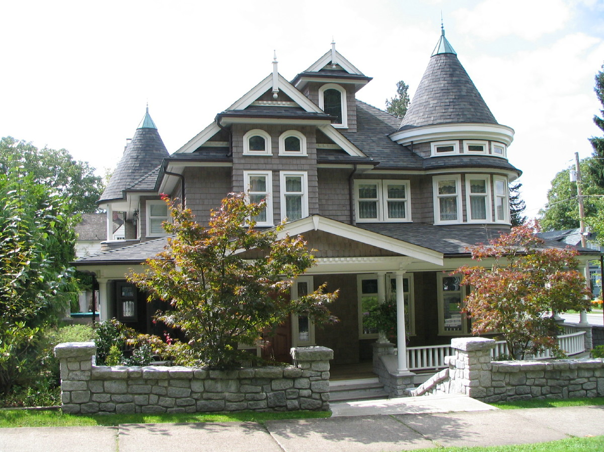 Shingle Style Victorian Home for Sale